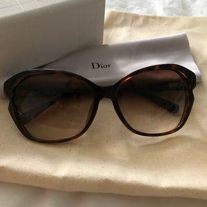 Simply Dior Sunglasses
